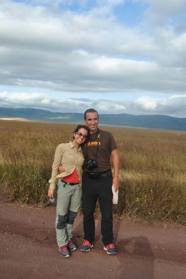 Maite y Robert en el Ngorongoro de Tanzania
