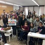 Tarannà Viajes con los jóvenes estudiantes de Turismo en la ciudad de Barcelona.