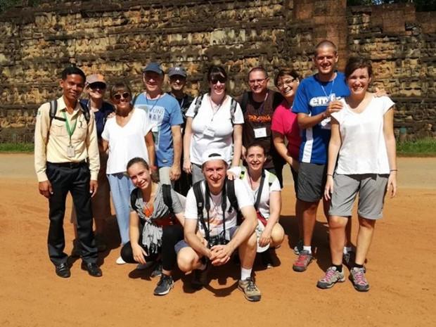 Grupo Tarannà en su viaje por Vietnam y Camboya