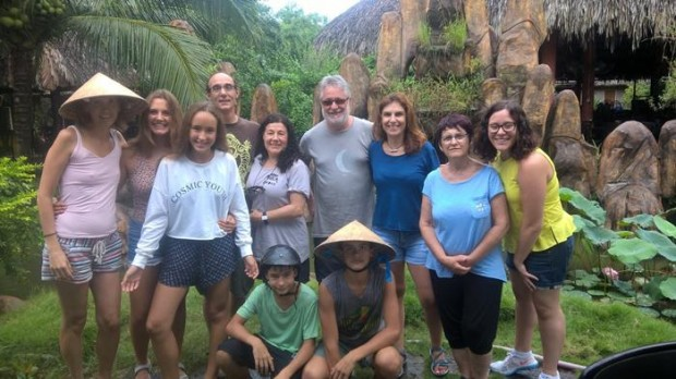La felicidad de nuestro grupo de viaje a Vietnam