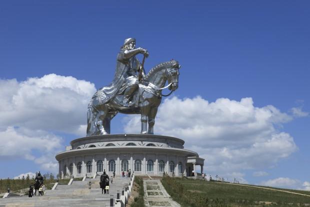 Monumentos peculiares y extraños del mundo