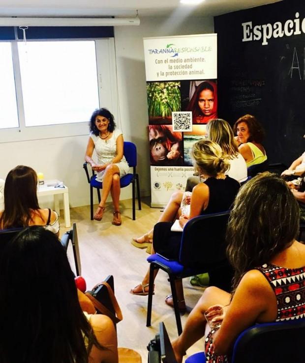 """Networking en Femenino bajo el título """"Viajes con sentido"""""""
