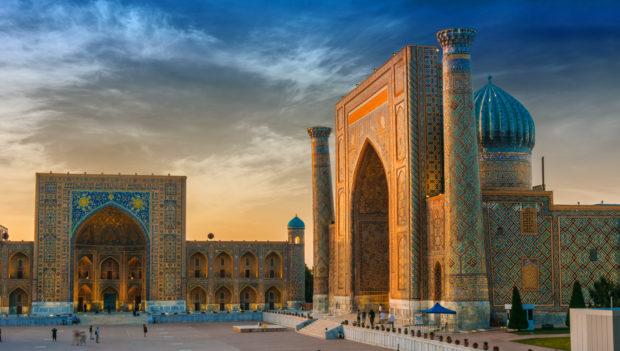 que ver en Uzbekistán: Samarkanda, plaza Registan