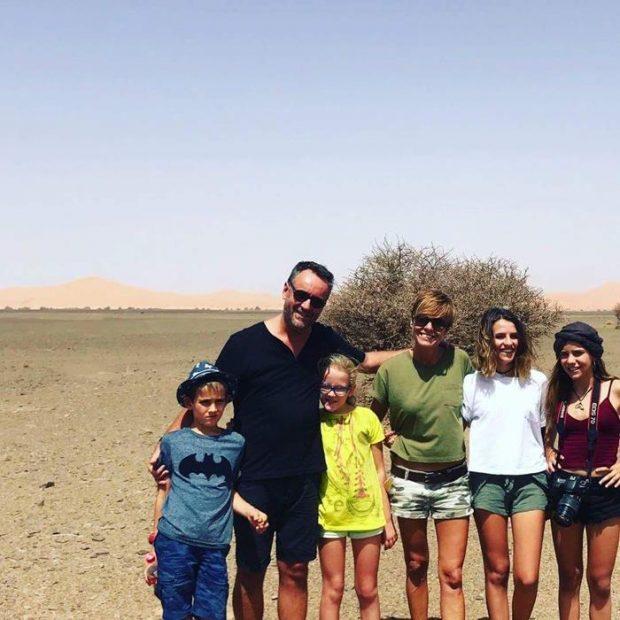 Elías, Ada y familia de viaje por el Sahara