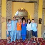 Mónica, Elisabet, Sergio y Álvaro disfrutando de su viaje a la región más auténtica de Marruecos